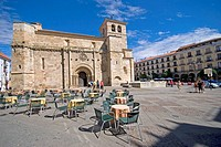 Church of San Juan de Puerta Nueva. Main Square, Zamora. Castilla-Leon, Spain