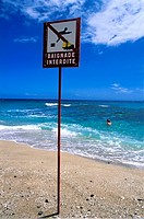Reunion, Boucan canot, No bathing sign