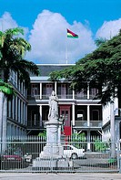 Mauritius, Port-Louis, city hall, queen Victoria statue