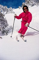 Lifestyle, Sport, Skiing, Young man downhill skiing,
