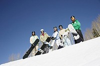 Group of Snowboarders (thumbnail)