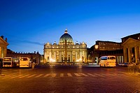Basilica lit up at dusk, St  Peter's Basilica, St  Peter's Square, Vatican City