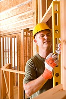 Builder in hardhat using spirit level