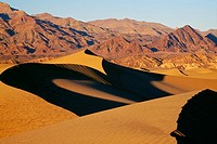 Sand dunes and mountains, Death Valley National Park, California, USA