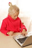 girl, Notebook, data input, detail, series, people, child, blond, turtlenecks, computers, wireless, interest, internet, Internetsurfen, online, comput...