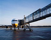Boarding bridge and jet airplane