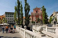 Triple Bridge and Fransican Church of the Annunciation, Ljubljana. Slovenia