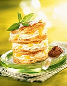 Mousse and peach in flaky pastry (thumbnail)