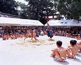 Child Nakedness Loincloth Gateway at the entrance to a Shinto shrine Bird Sumo Kamigamo shrine is also obtained 9/9 Kyoto Japan
