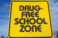 "A sign that reads ""Drug free school zone"""