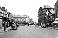 Mold, Wrexham Road c1955