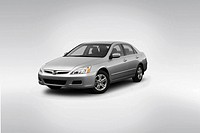 2007 Honda Accord SE in Silver - Front angle view