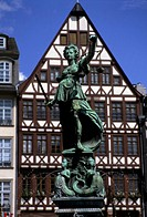 The lady of justice and her scales in the old section of Frankfurt.