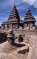 Ruins of a temple, Shore Temple, Mahabalipuram, Tamil Nadu, India