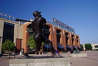 Statue of Henry Louis Aaron in front of a baseball stadium, Turner Field, Atlanta, Georgia, USA
