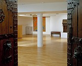 CHINESE ARTS CENTRE, MARKET BUILDINGS, THOMAS STREET, MANCHESTER, GREATER MANCHESTER, UK, OMI ARCHITECTS, INTERIOR, CONFERENCE ROOM WITH ANTIQUE CHINE...