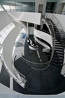 TAG FARNBOROUGH AIRPORT, FARNBOROUGH, HAMPSHIRE, UK, REID ARCHITECTURE, INTERIOR, ATRIUM, STAIRCASE