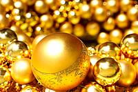 Gold colored Christmas decorations
