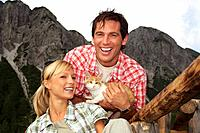 Austria, Salzburger Land, couple with cat