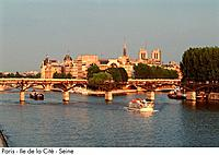 France _ Paris _ Ile de la Cite _ Seine