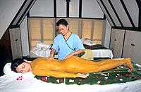Spa _ Ginger mud packing body treatment