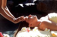 Spa _ Treatment _ Massage _ Hot coconut oil massage