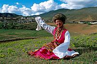 China _ Yunnan _ Tibetan borders _ Zhonggdian 3610m _ Songzanlin Lamasery _ Young woman _ Minority