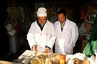 China _ Yunnan _ Lilijang _ Baisha _ Doctor _ Traditional medicine