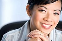 Portrait of Asian businesswoman (thumbnail)