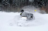 Canada _ Quebec _ Ste_Catherine_de_la_Jacques_Cartier _ Duchesnay ecotouristic resort _ Snowmobile trekking