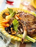 Veal chop  la forestiere (thumbnail)