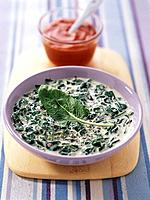 Spinach, yoghurt and paprika soup