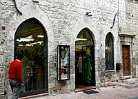 Religious shops are many in Assisi
