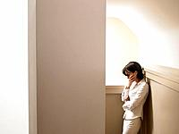 Woman in a corridor (thumbnail)