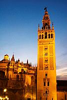 View of the Giralda tower and the Cathedral of Seville, Seville, Andalusia, Spain, Europe