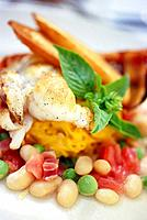 Florida Spiny Lobster tail with saffron linguini tomatoes basil white beans english peas prosciutto and roasted garlic crostini, Restaurant Mark´s Sou...