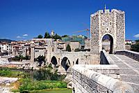 Romanic bridge over River Fluviá, 12th Century town of Besalú, Catalonia, Spain