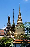Grand Palace_Golden Pagoda Bangkok Thailand Date: 22 02 2008 Ref: ZB892_111751_0065 COMPULSORY CREDIT: World Pictures/Photoshot