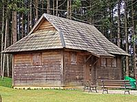wooden cottage Ukrainian park