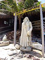 one monument sculpture at jenipabu beach restaurant