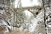 Winter snow storm, Shepperd´s dell, Columbia River Gorge, Oregon, USA