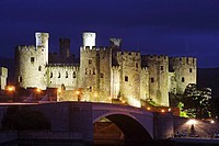 Conwy, Two-waeded castle, eight drum towers, Edward´s 1st fortress, 1280s, Wales, UK