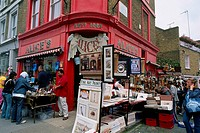 England - London - Notting Hill - Portobello Road Market (thumbnail)