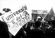 roma 1968, manifestazione studentesca, studenti di sinistra
