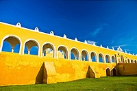 Courtyard of a church, Convento De San Antonio De Padua, Izamal, Yucatan, Mexico