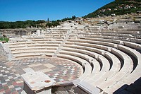 Greece : Messini - amphitheatre (thumbnail)