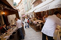 France, Cote d´Azur, Nice, Guests in restaurants out of doors