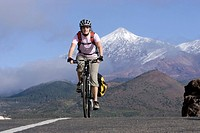 Spain, The Canary islands, Teneriffa, Woman mountain biking