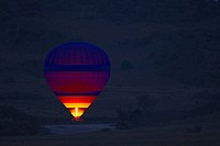 Hot_air balloon early in the morning, Masai Mara National Park, Kenya