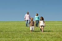 Family in a field (thumbnail)